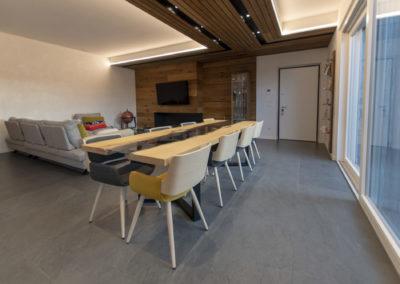 Soffitto pareti e parquet oliato Bergamo
